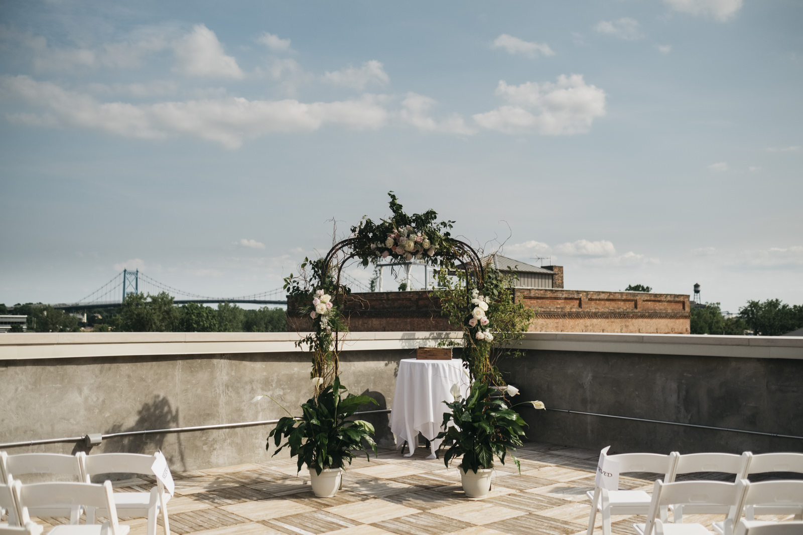 Beautiful wedding rooftop ceremony idea.