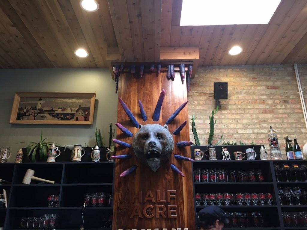 Half_Acre_Bar_in_Chicago