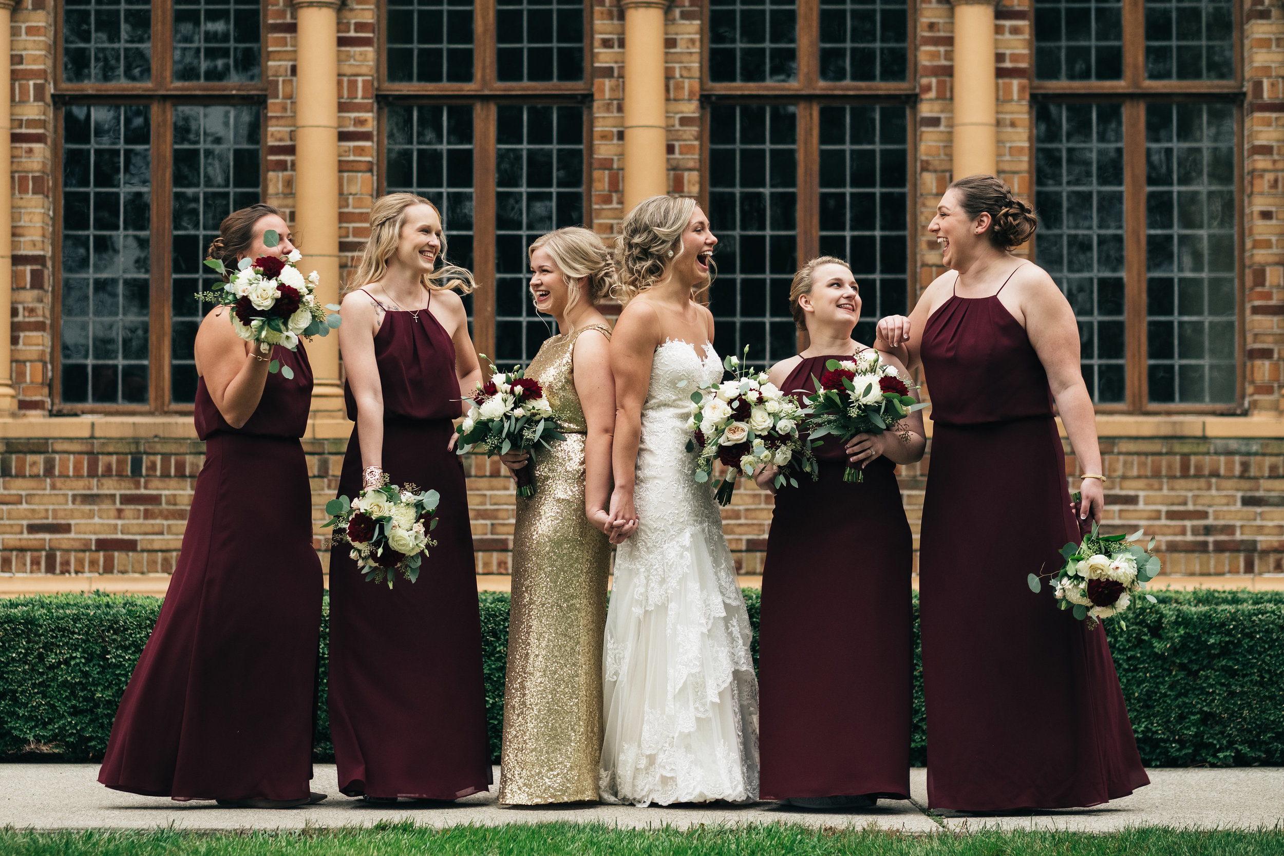 Bridesmaids Gather for Outdoor Bridal Party Photography
