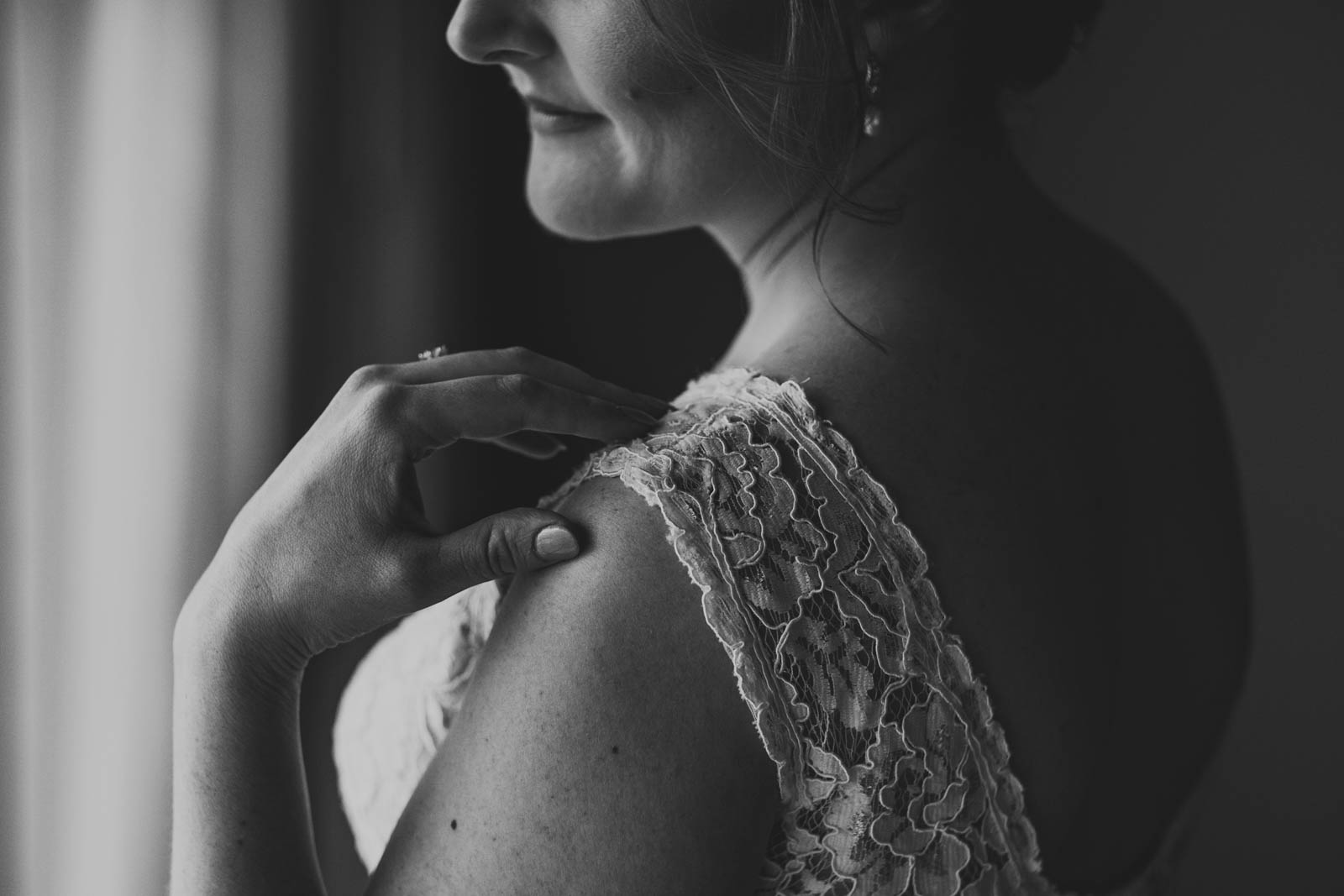 Toledo Wedding Photographers Capture Bride Getting Ready for Toledo Wedding at Historic Church