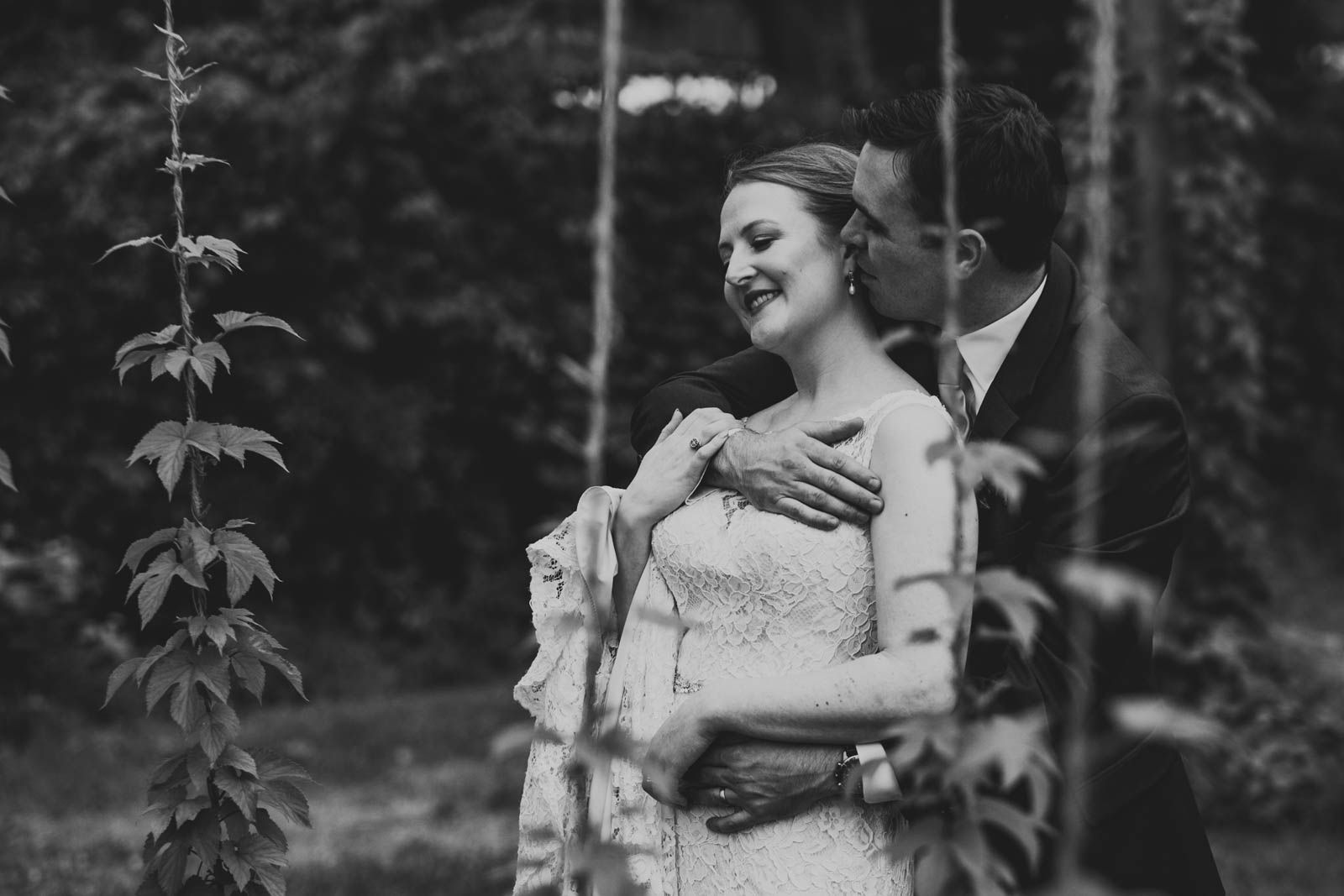 Toledo Wedding Photographers and couple in Hops Garden at Maumee Bay Brewing Company