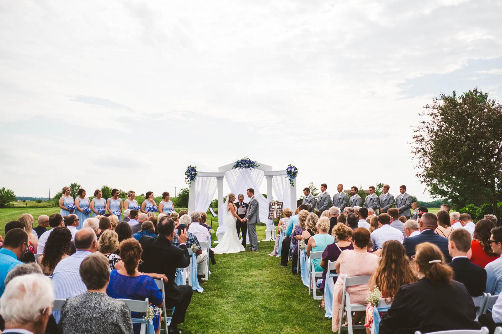 Wedding Ceremony at Stone Ridge Golf Club with Toledo Wedding Photographers in Bowling Green Ohio