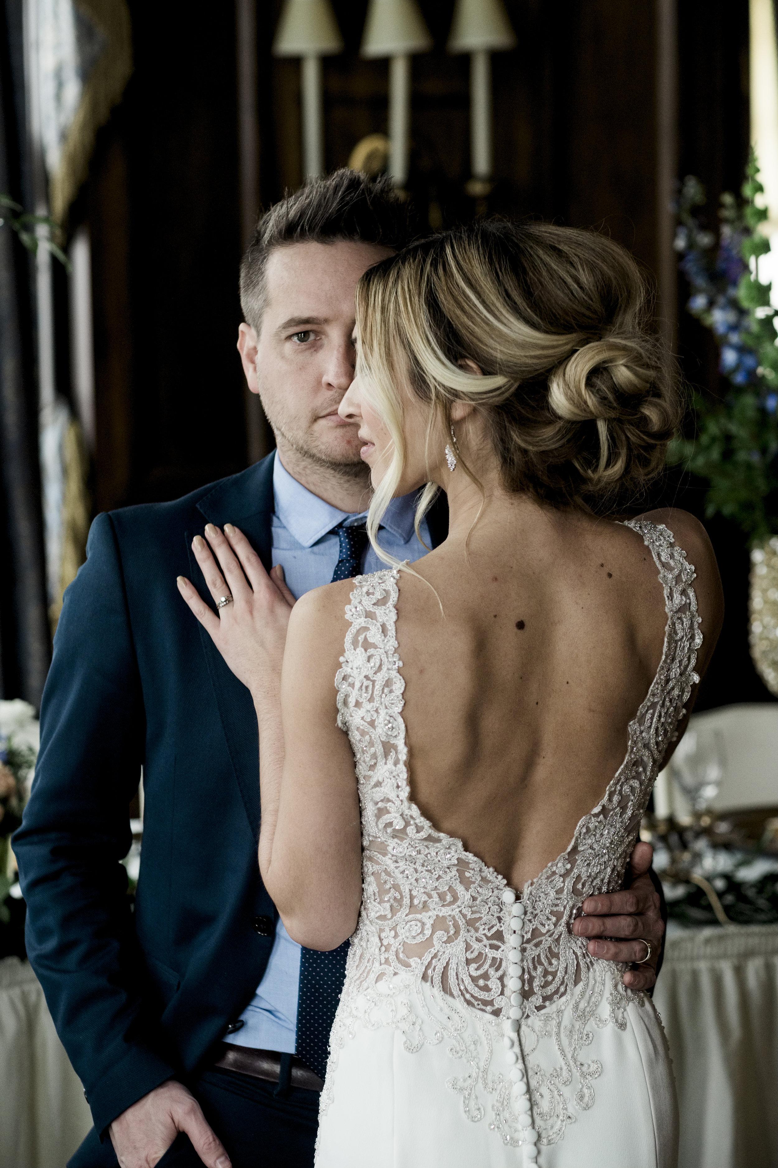 The Toledo Club Hosts Toledo Wedding Photographers for Styled Wedding Shoot