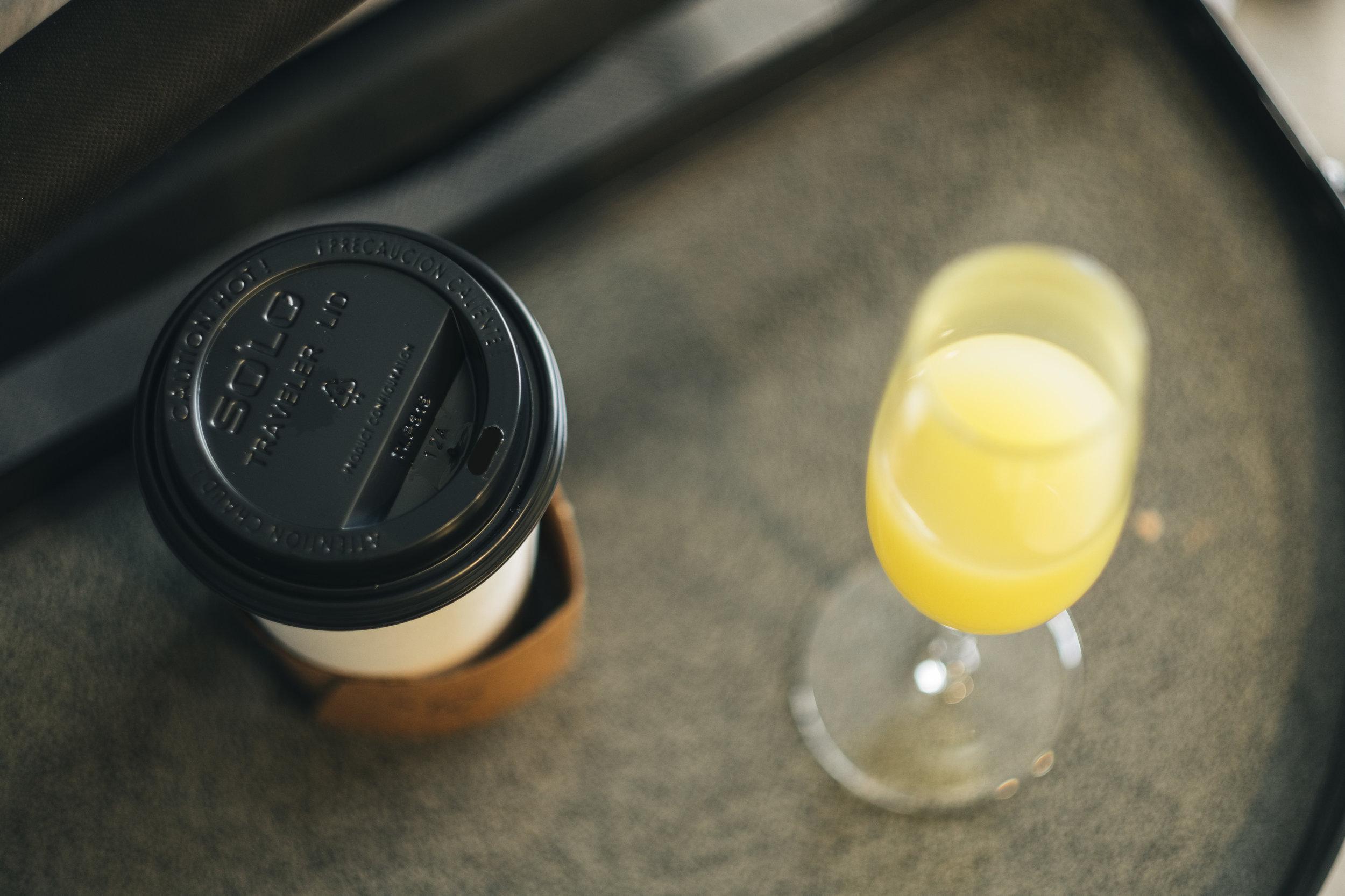 Coffee and Mimosas Before Wedding in Toledo Ohio