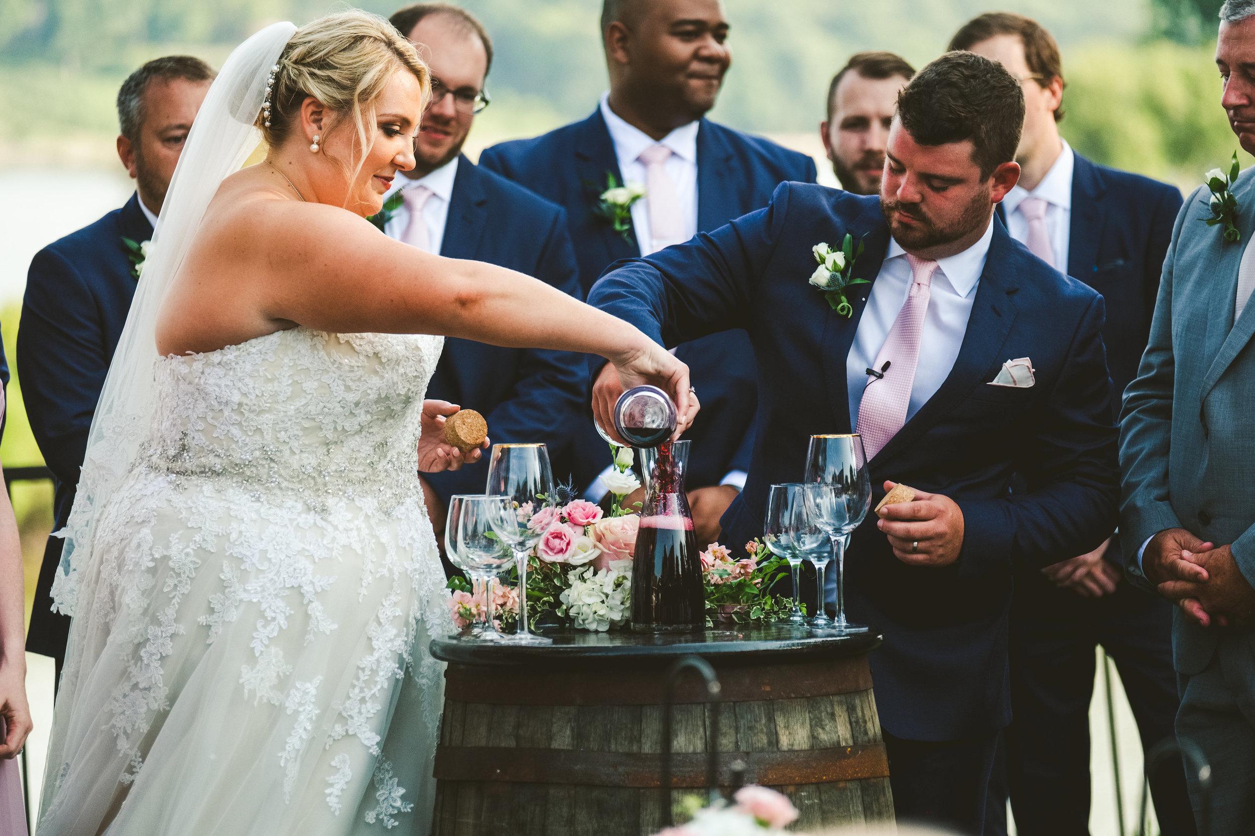 Toledo Ohio Wedding Photographers at the Toledo Country Club for Ceremony