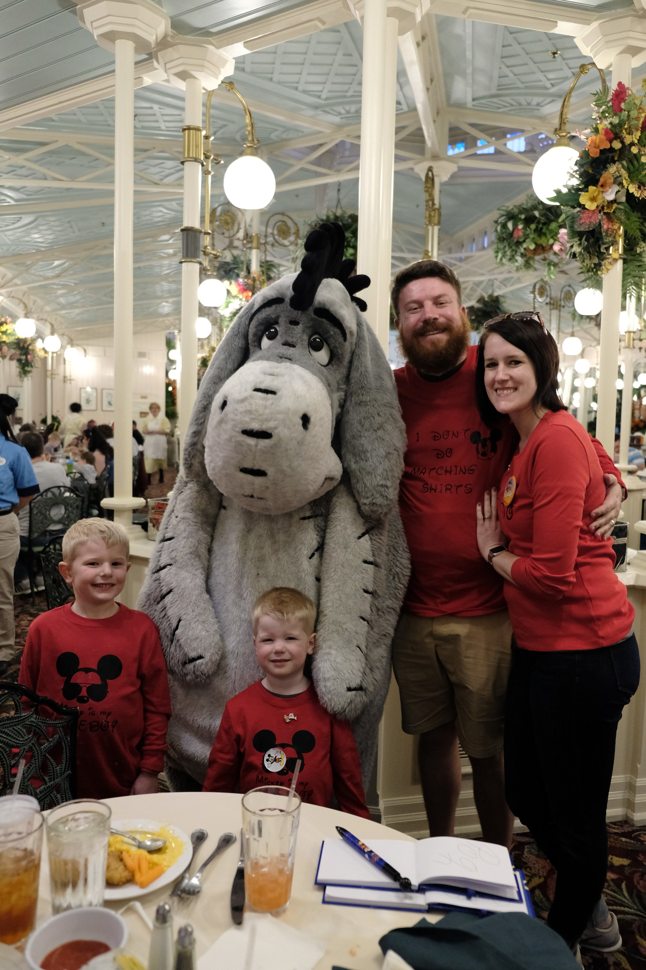 Wedding Photographers from Toledo Ohio Travel to Disney with Family for Vacation