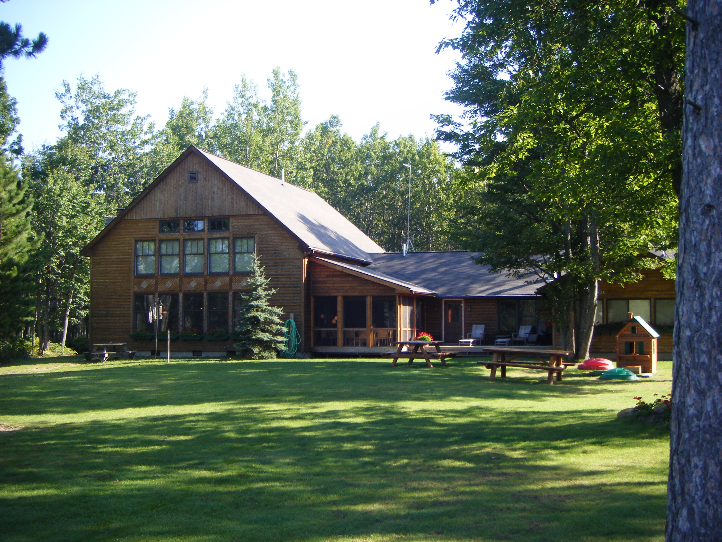 Walled Lake Lodge