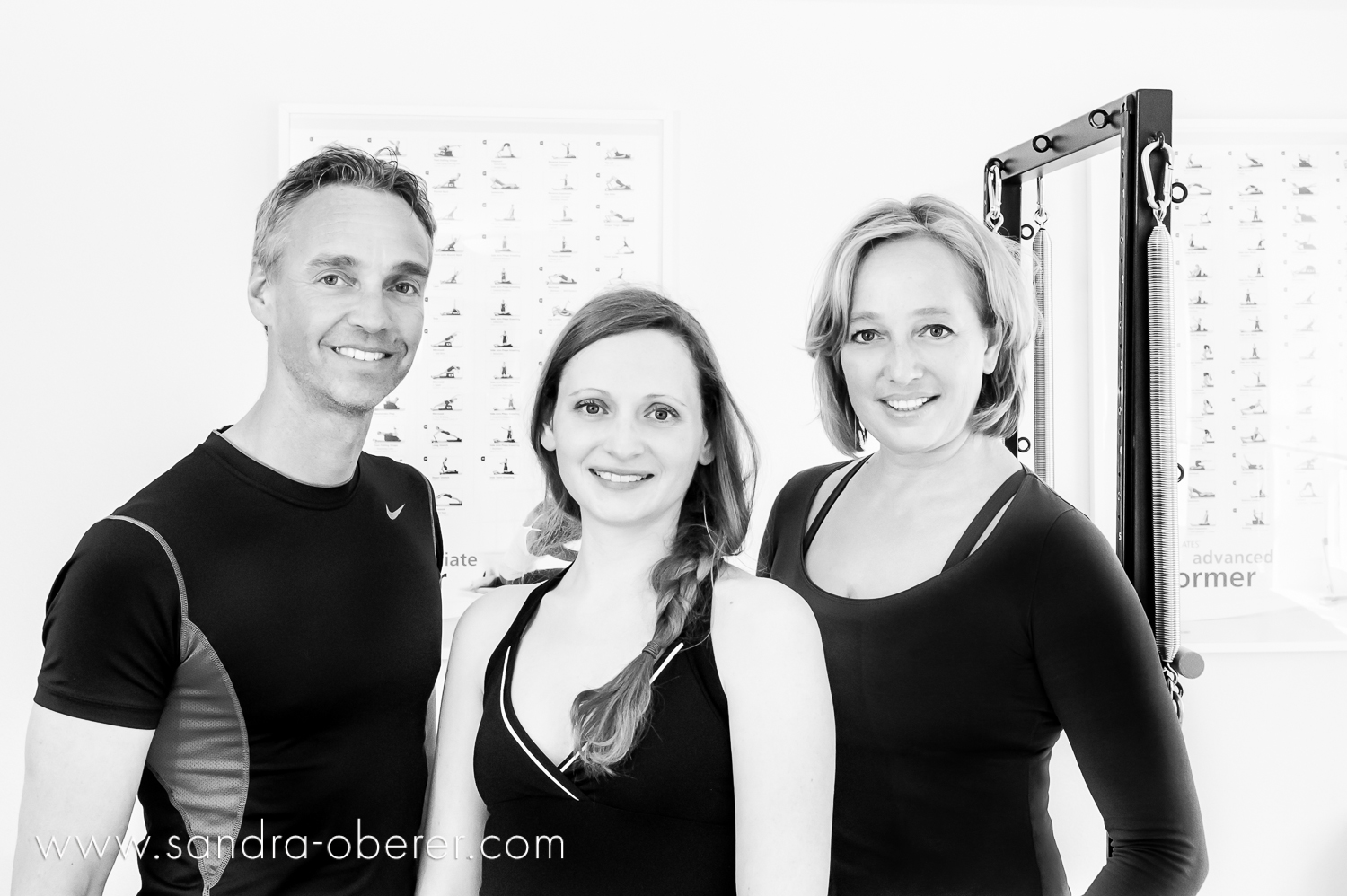 Ard van Duuren, dipl. Sportphysiotherapeut und Reha Pilates Instructor Sue van Dooren, Body Harmonics Pilates Instructor Lisette van Duuren, full certificated STOTT Pilates Instructor