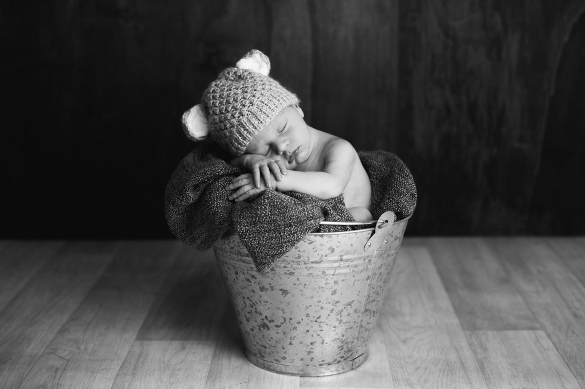 NewbornRober-28.jpg