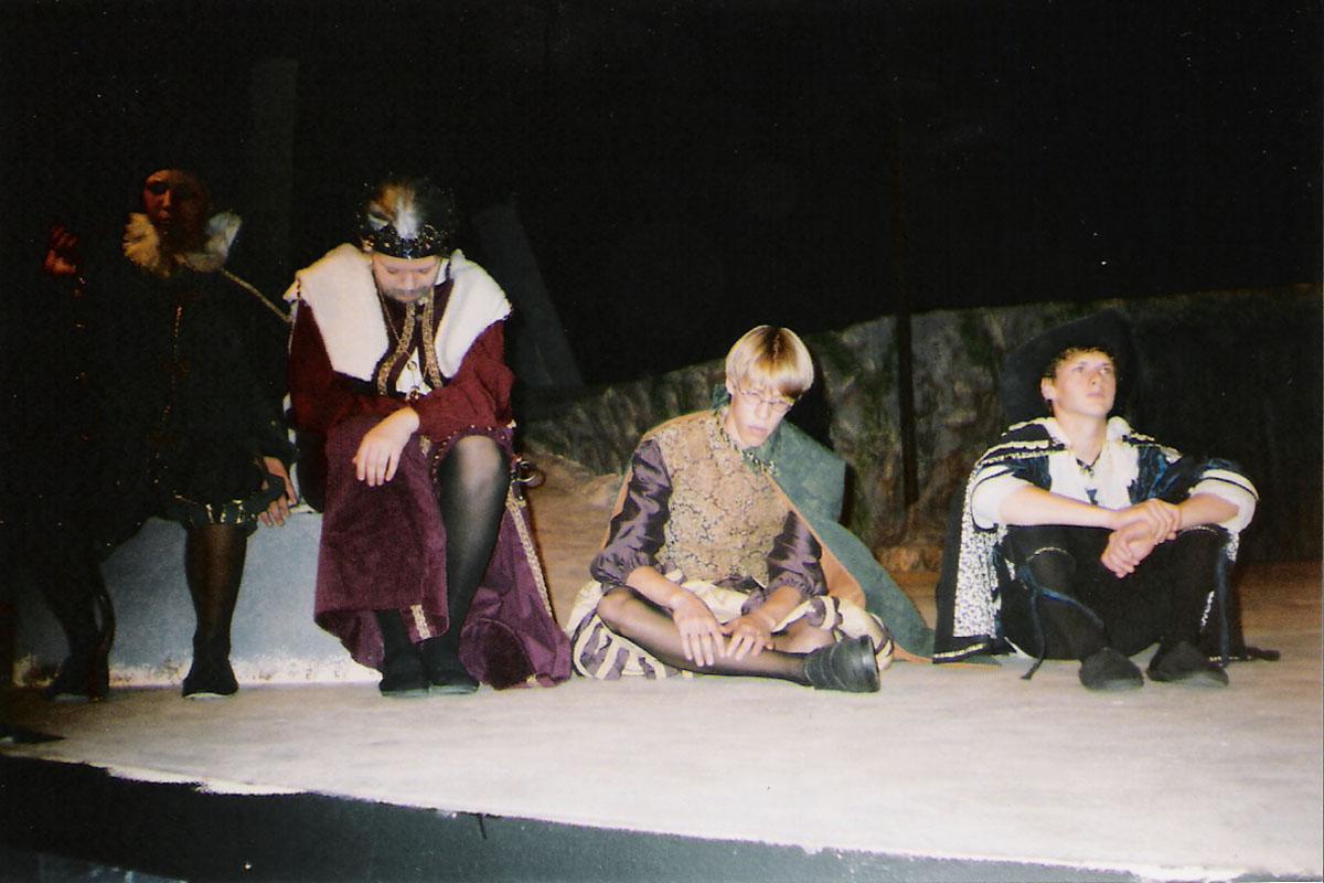 Act 2, Scene 1_1.jpg