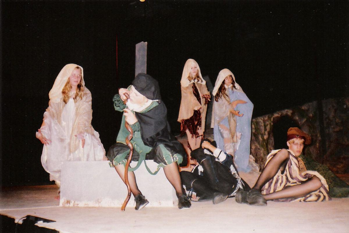 Act 2, Scene 1_4.jpg