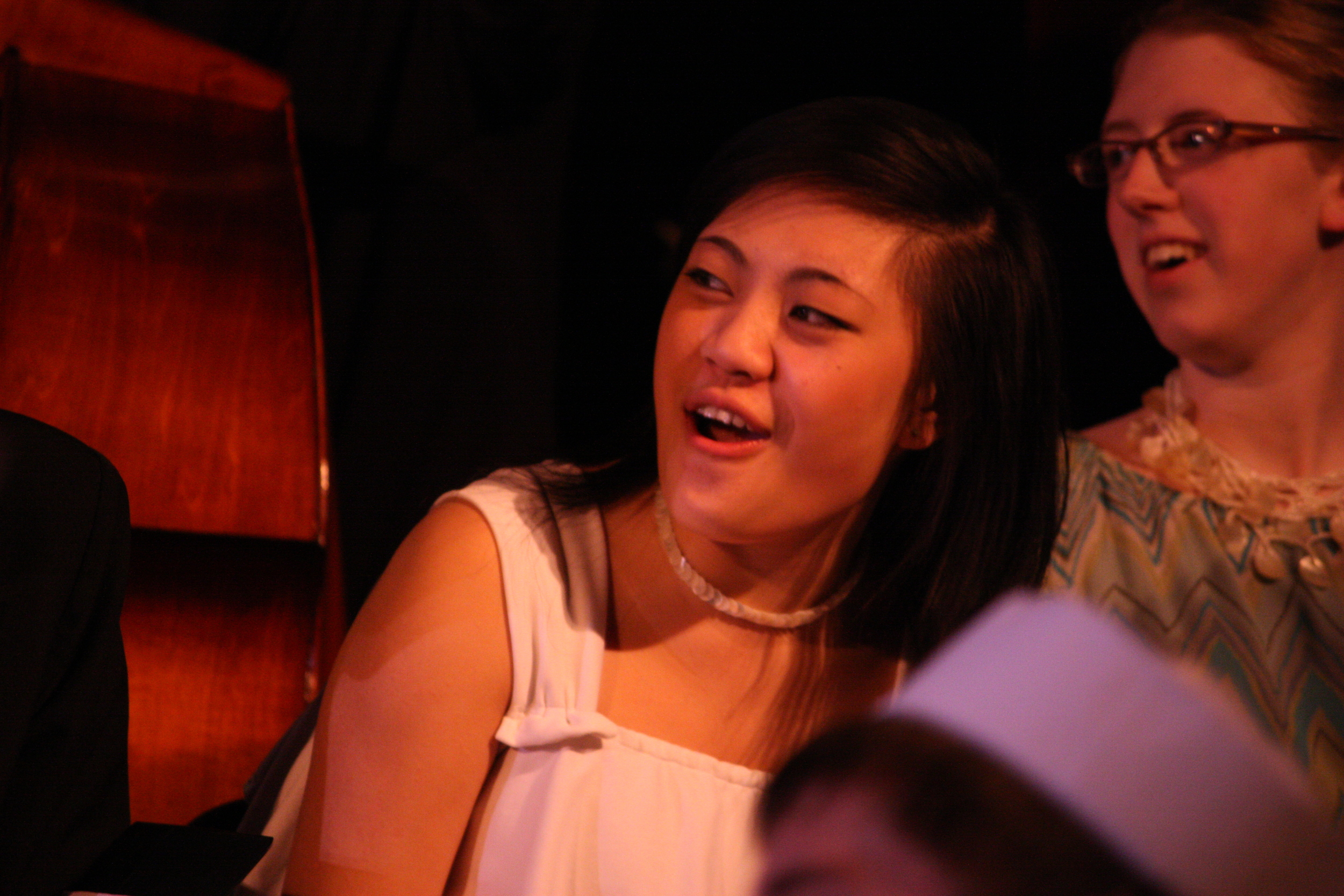 2010 South Pacific in concert 091.jpg
