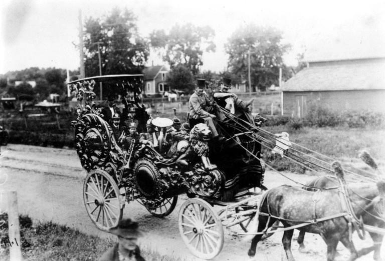 1893-Conover-Set-703-photo-BB12-768x521.jpg
