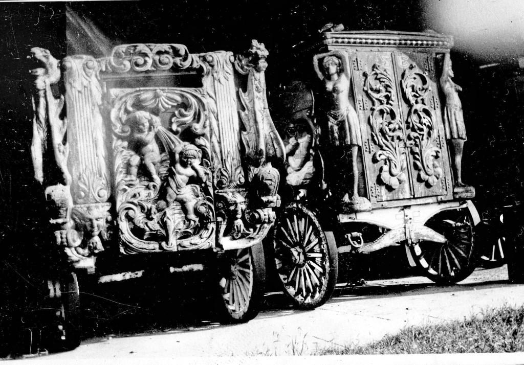 Adam-Forepaugh-Wagons-Name-5-Graces-Posted-7-12-1024x714.jpg