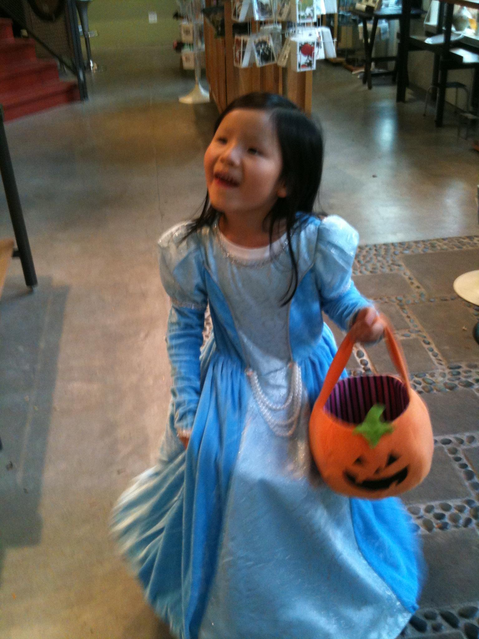 halloween 2011 127.jpg