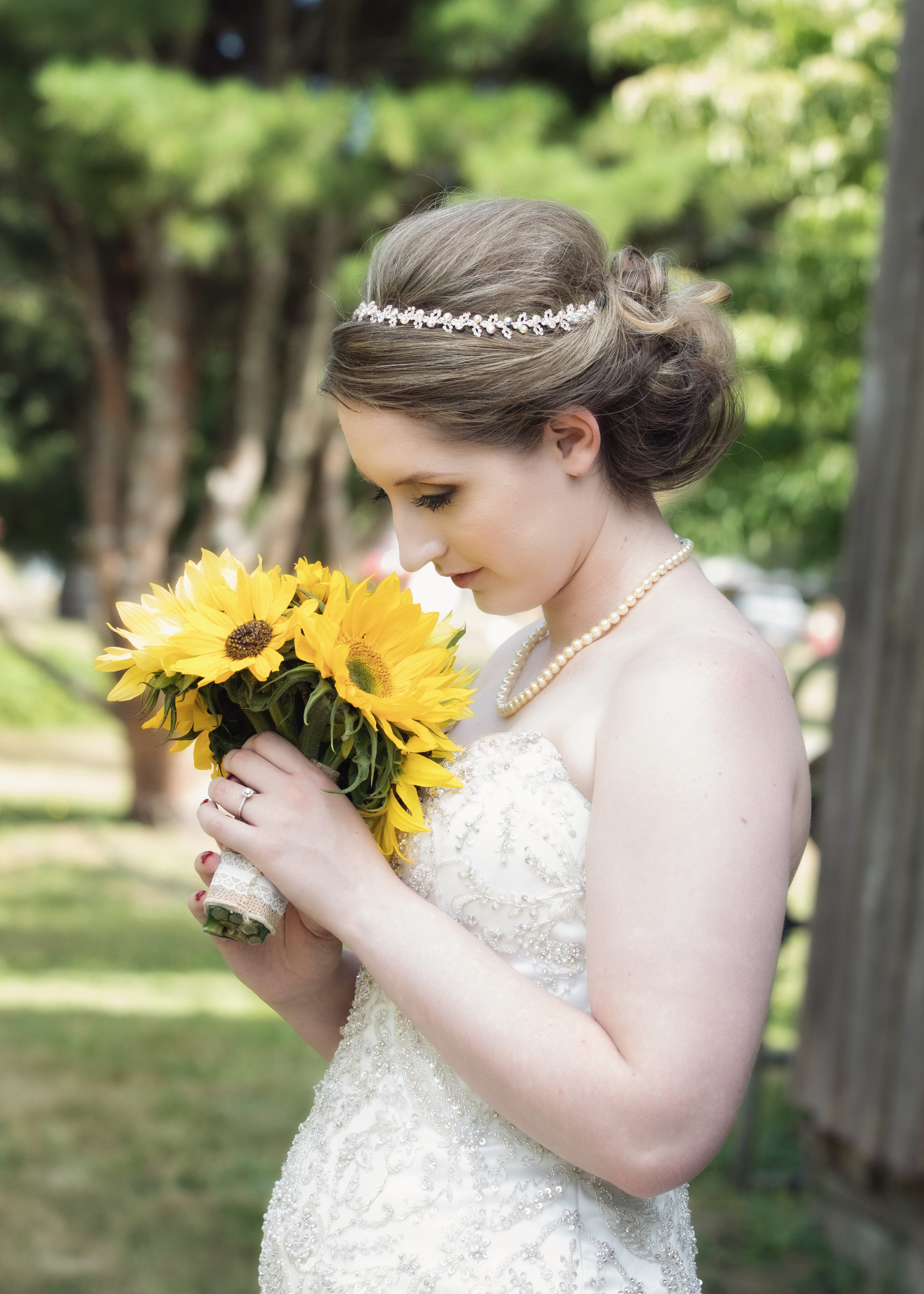 There is no one better to help you plan your wedding than Talia! Our day was so perfect, and it was all thanks to her taking my little ideas about what I wanted and making it into something magical. - -Celsea Ward