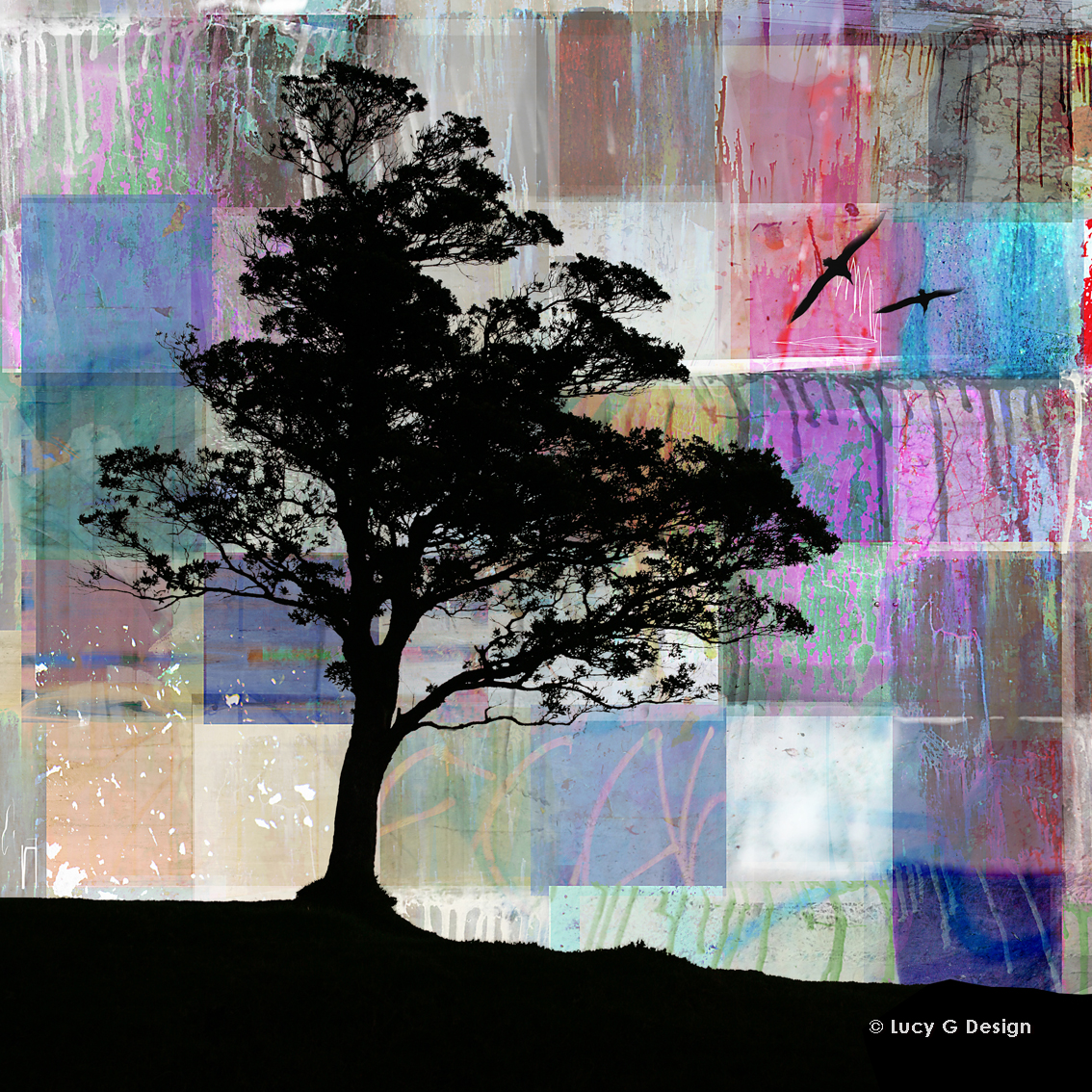 'Tree silhouette' 51x51cm glass wall art