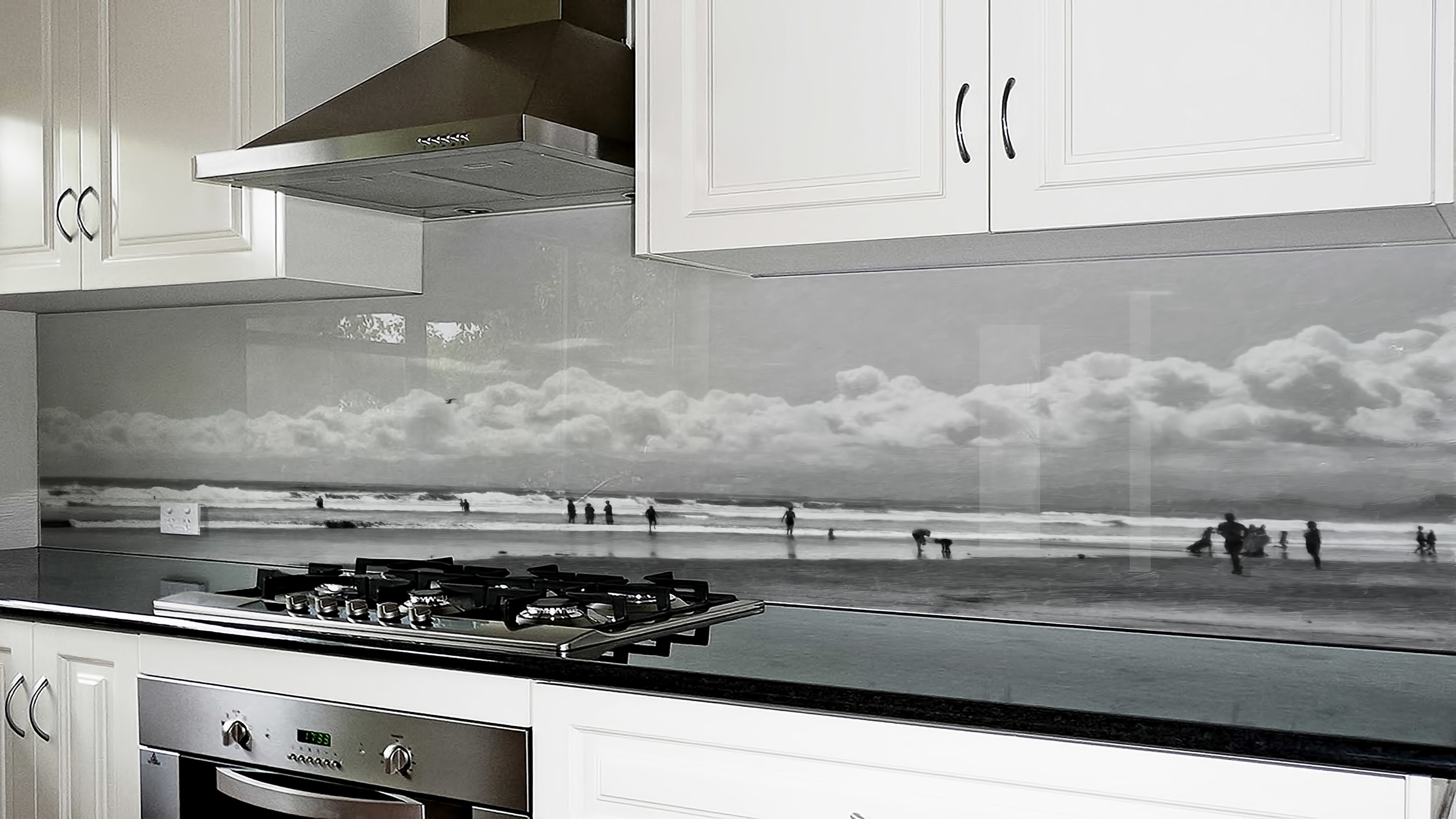 Classic kitchen - More classic designs suit monochromatic images, digital paintings and more muted colour tones which gives an air of sophistication.Image : Summer Fun