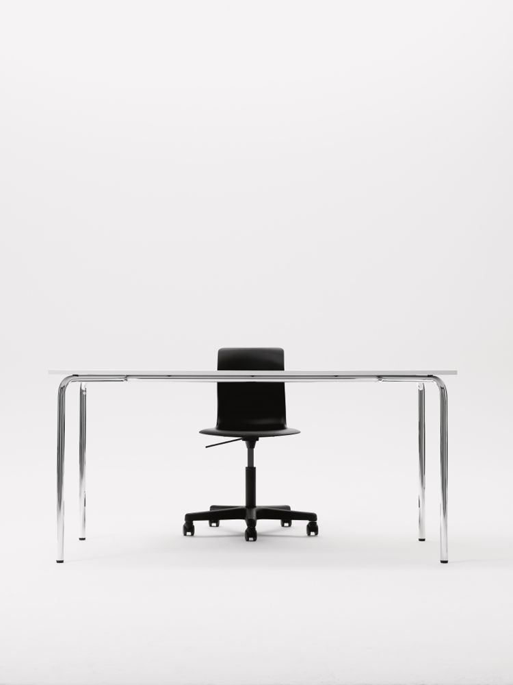 PRO_Swivel_Frame_Graphiteblack_With_Table_1.jpg