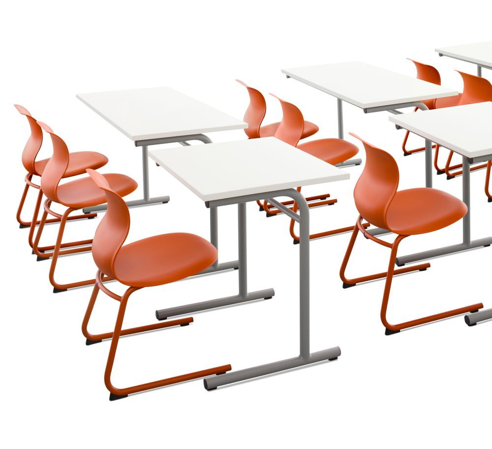 PRO_C_Frame_Chair_Table_Coralred_School - version 2.jpg