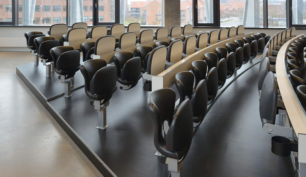 FCB chair, Design Herzog & Meuron.