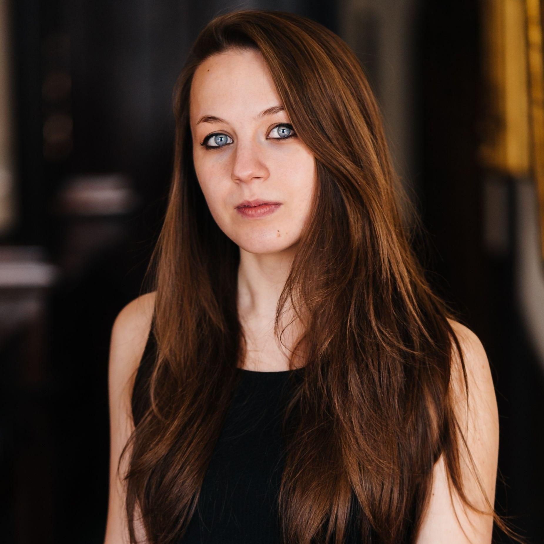 Laura Petro -