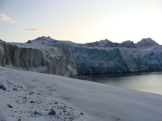 St John Fjorden, Glacier