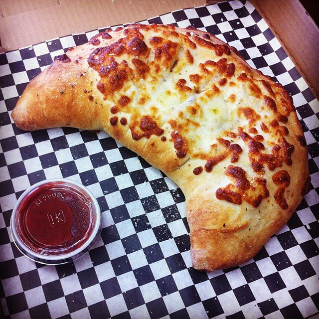 Ditch that PB&J and treat yourself to a hot #calzone!  Short on time? Call ahead so it will be ready to go.  #pizza #orangecounty #fullerton #csuf