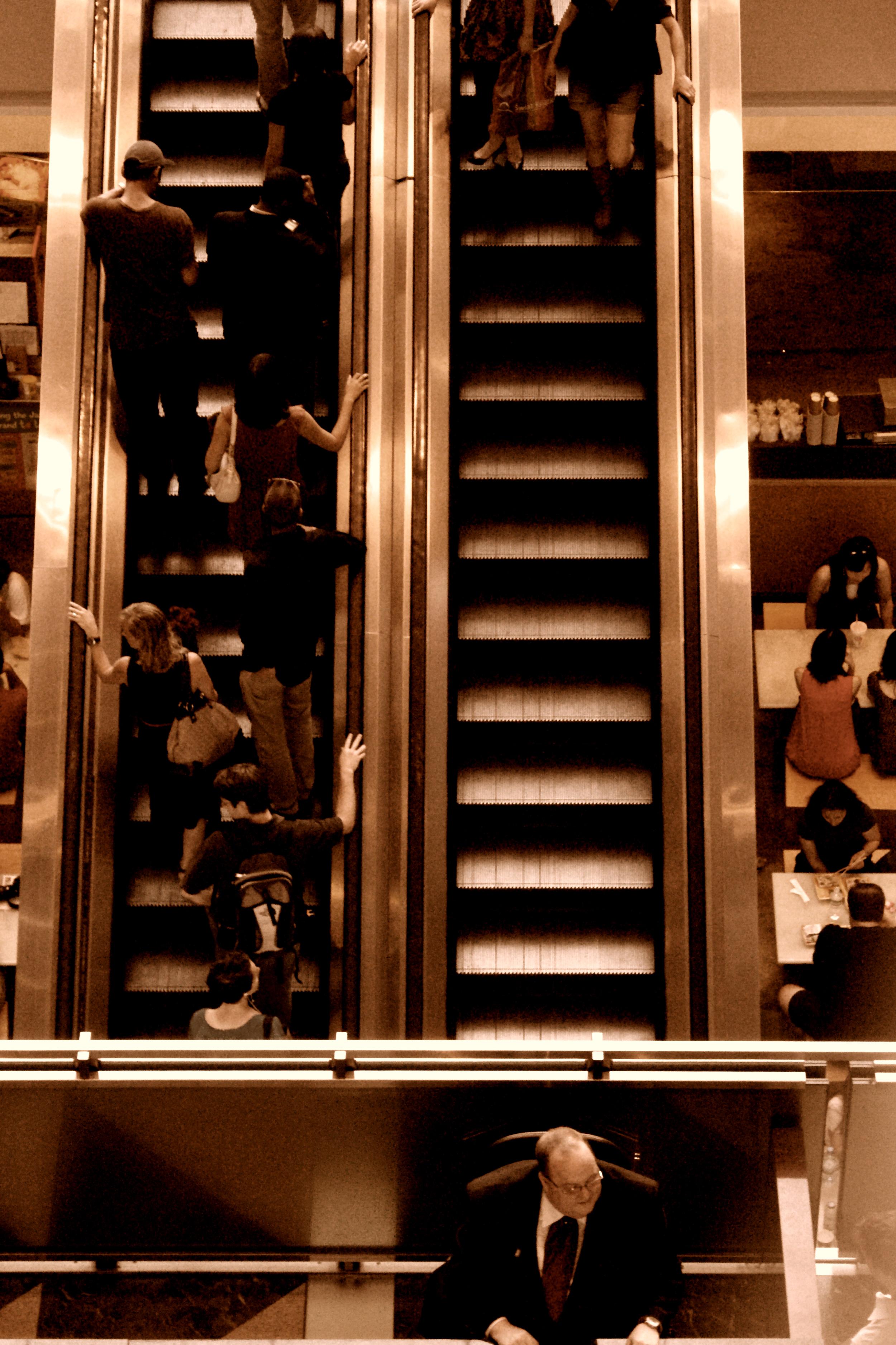 time warner escalaters.jpg