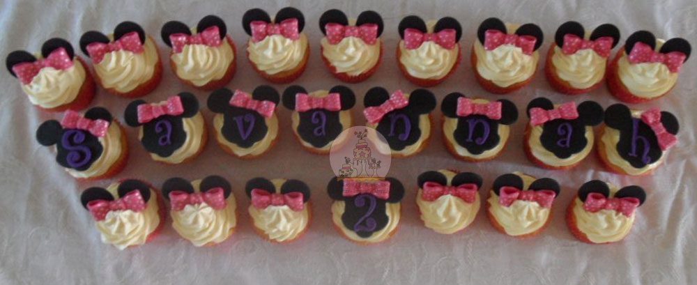 Minnie Mouse Themed Cupcakes