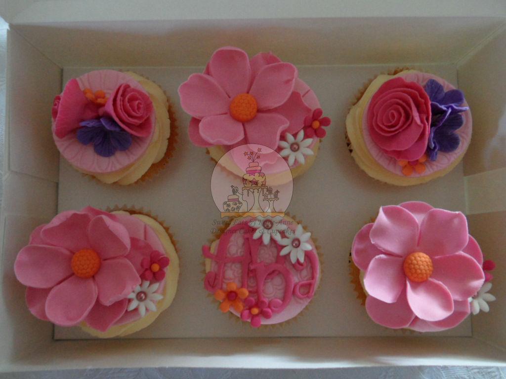 Pretty Cupcakes for Anna