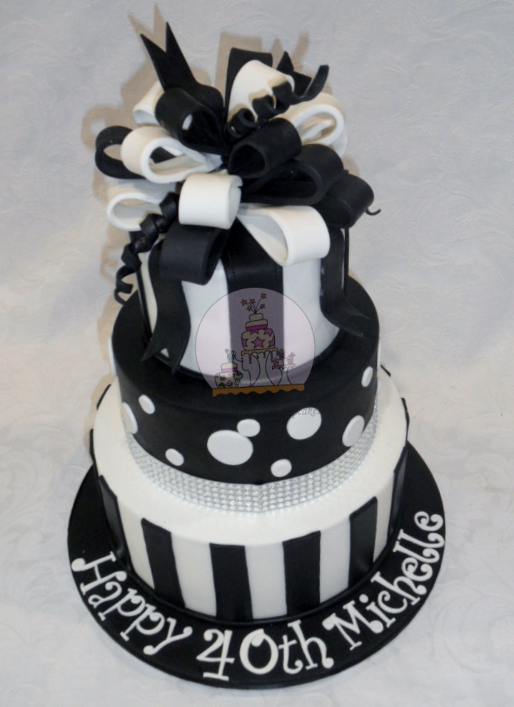 40th Bling Black & White Loopy Bow Cake