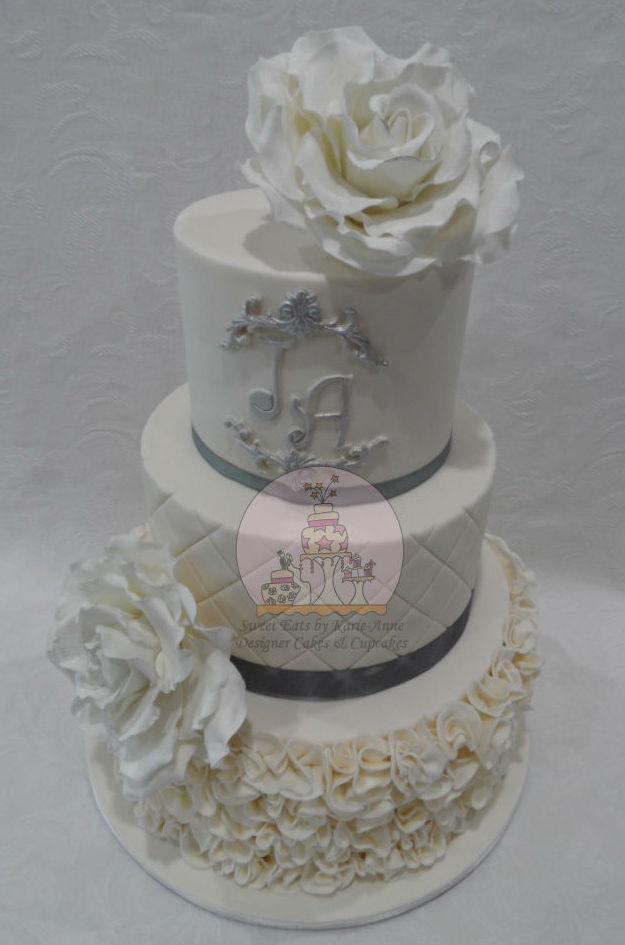 Vintage Ivory Ruffle Wedding Cake