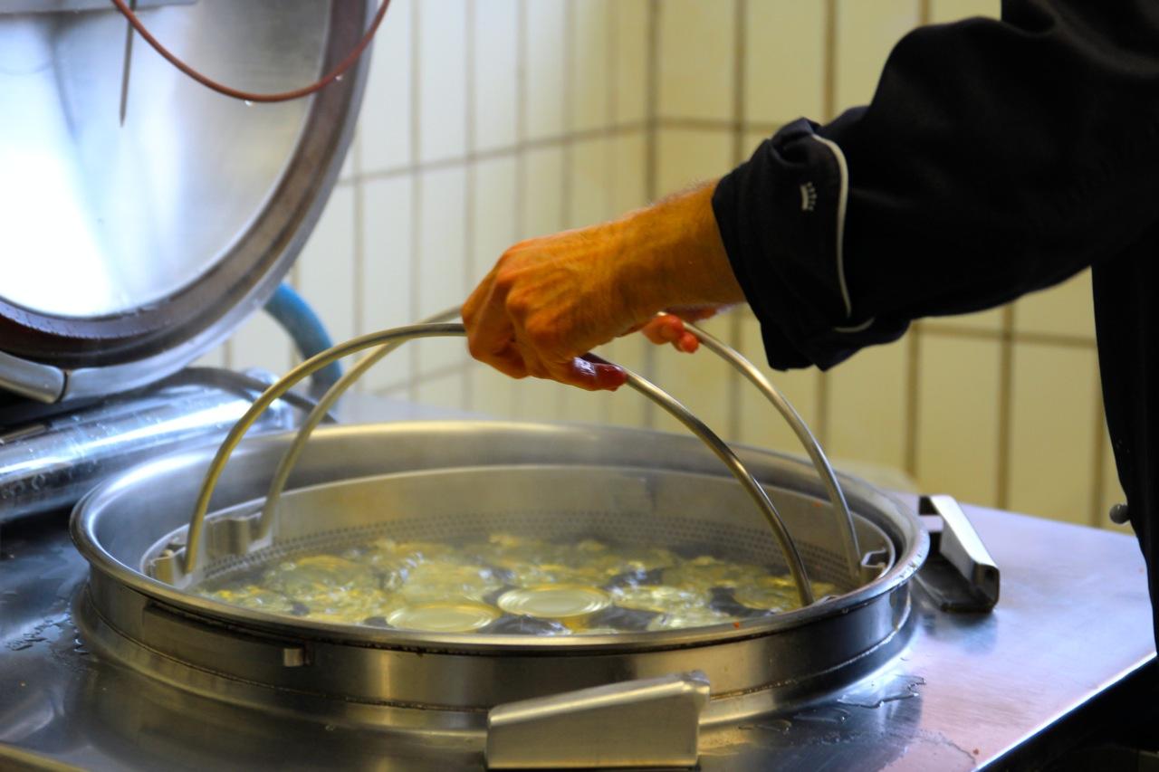 Langhans_Suppen_Sterilisation_susies-local-food.jpg