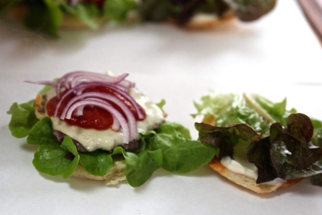 Goldburger_Schild_susies-local-food.jpg
