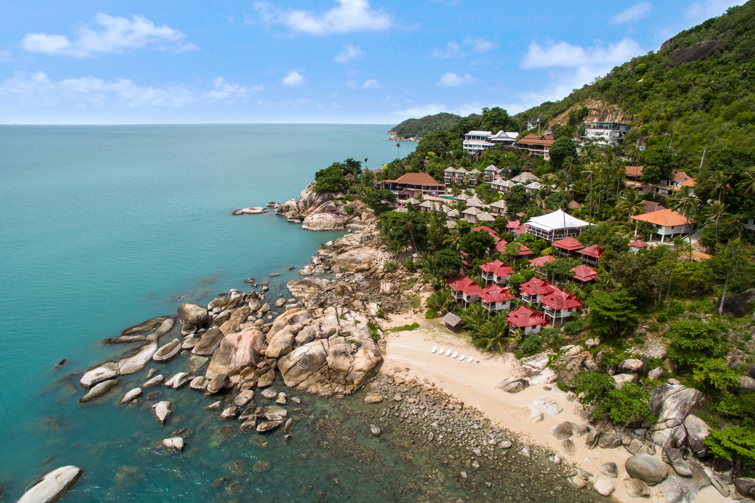 aerial - private beach, beach bungalows, XL sala.jpg