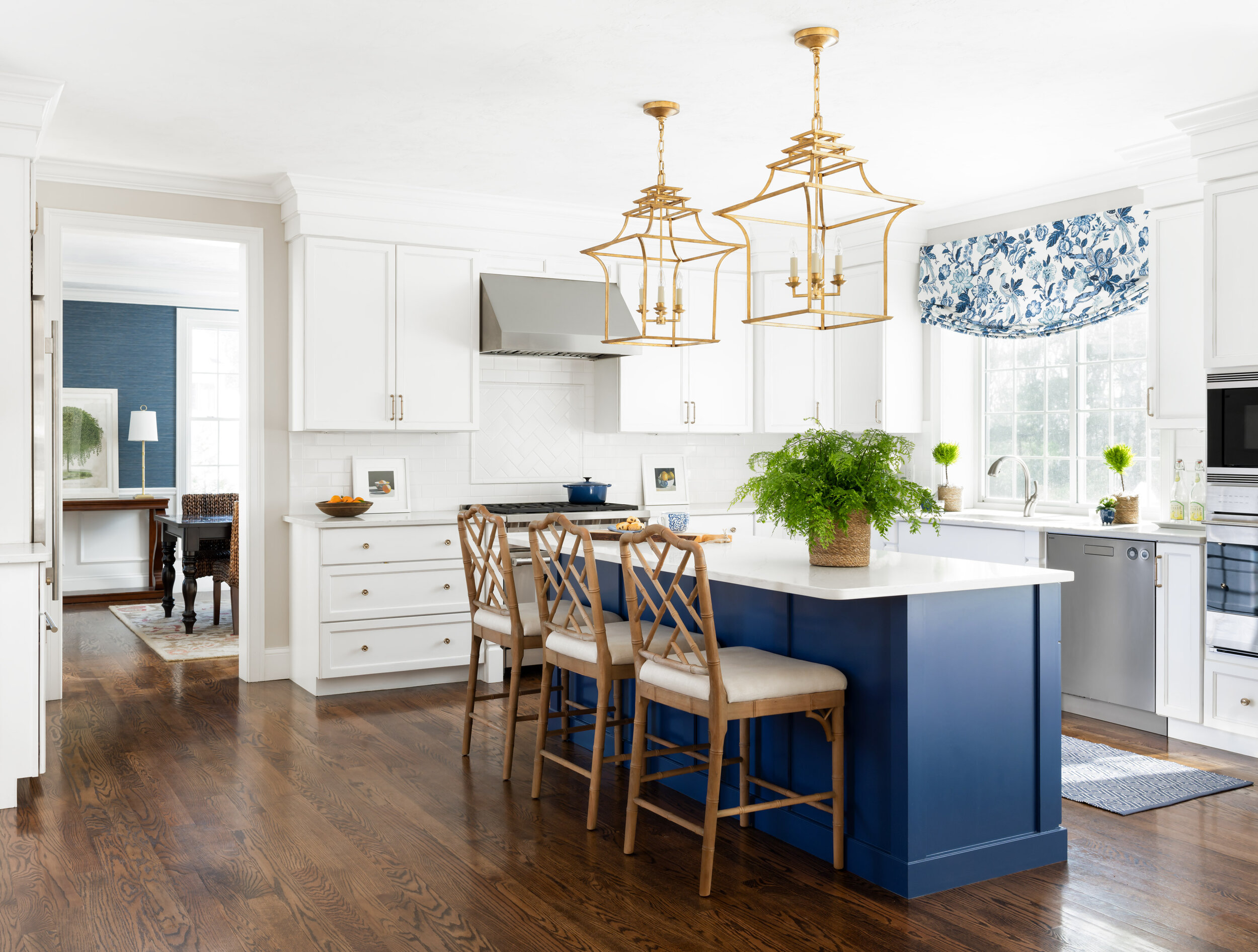 Portfolio Bee S Knees Interior Design Curated Luxury Interiors New England And Cape Cod Style Bee S Knees Interior Design Luxury Residential Interior Design Serving Boston And Cape Cod