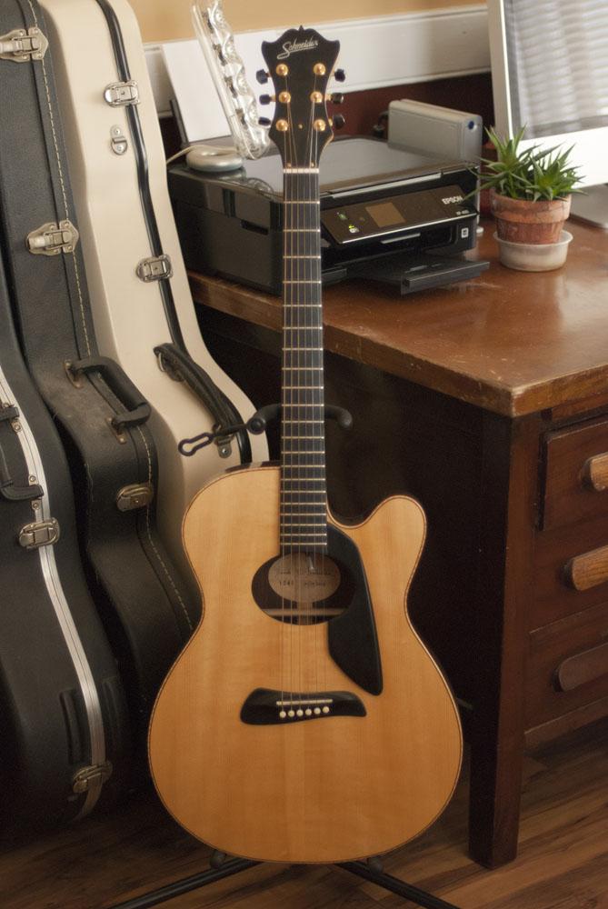 guitar_0010_Layer 3.jpg