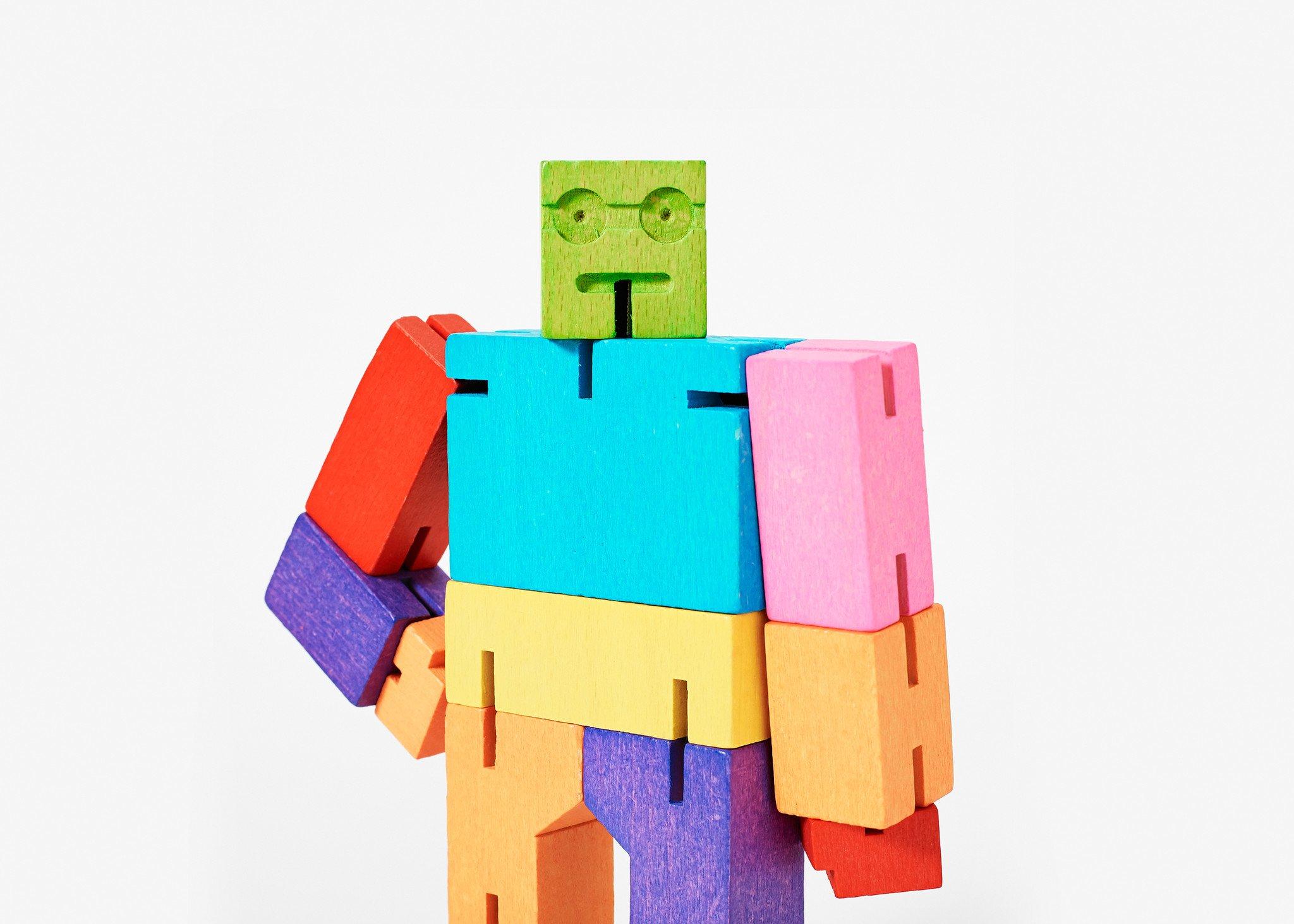 Cubebot-multi-headshot-vert-DWCM_1637a055-c0e6-490f-8691-b557fcb0736f_3600x.jpg