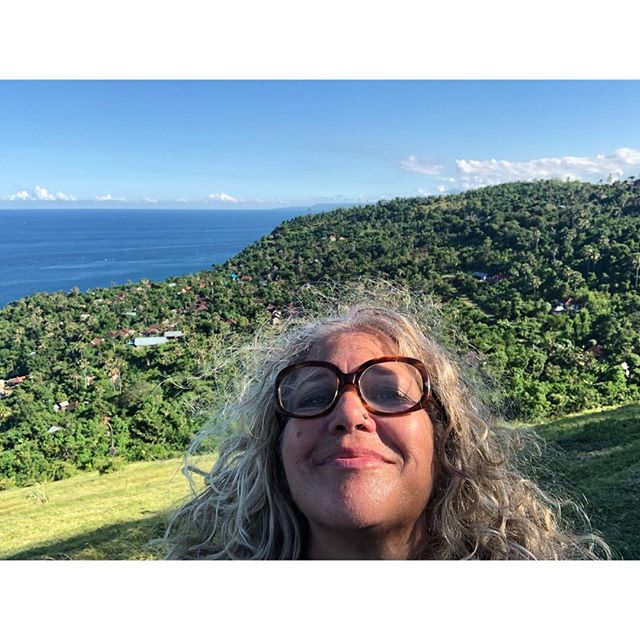 Hi friends, I want to check in from Bali. My husband and I came to Asia because @annab33l invited us, because she wanted to share this experience with us. I don't have words to express my awe of this stunning island, and  people. I've never experience anything like it. I'm off today to stay at @umajati and will be home on Friday. Traveling making little trash here is very easy- there is a plastic bag ban ordinance and there are many shops that offer bamboo straws. Every place I have dined have reusable plates, condiment cups and utensils, and it's easy to fill your water bottle here and they have a closed loop recycling system for @birbintangindonesia beer. There is a lot of trash here mostly from snacks and water bottles. As a tourist I consider my self as a guest in a culture that I know nothing about - but the last thing I want to do is contribute to leaving any trash here. #ambatalia #bali #zerowastebali #zerowaste #nondisposablelife
