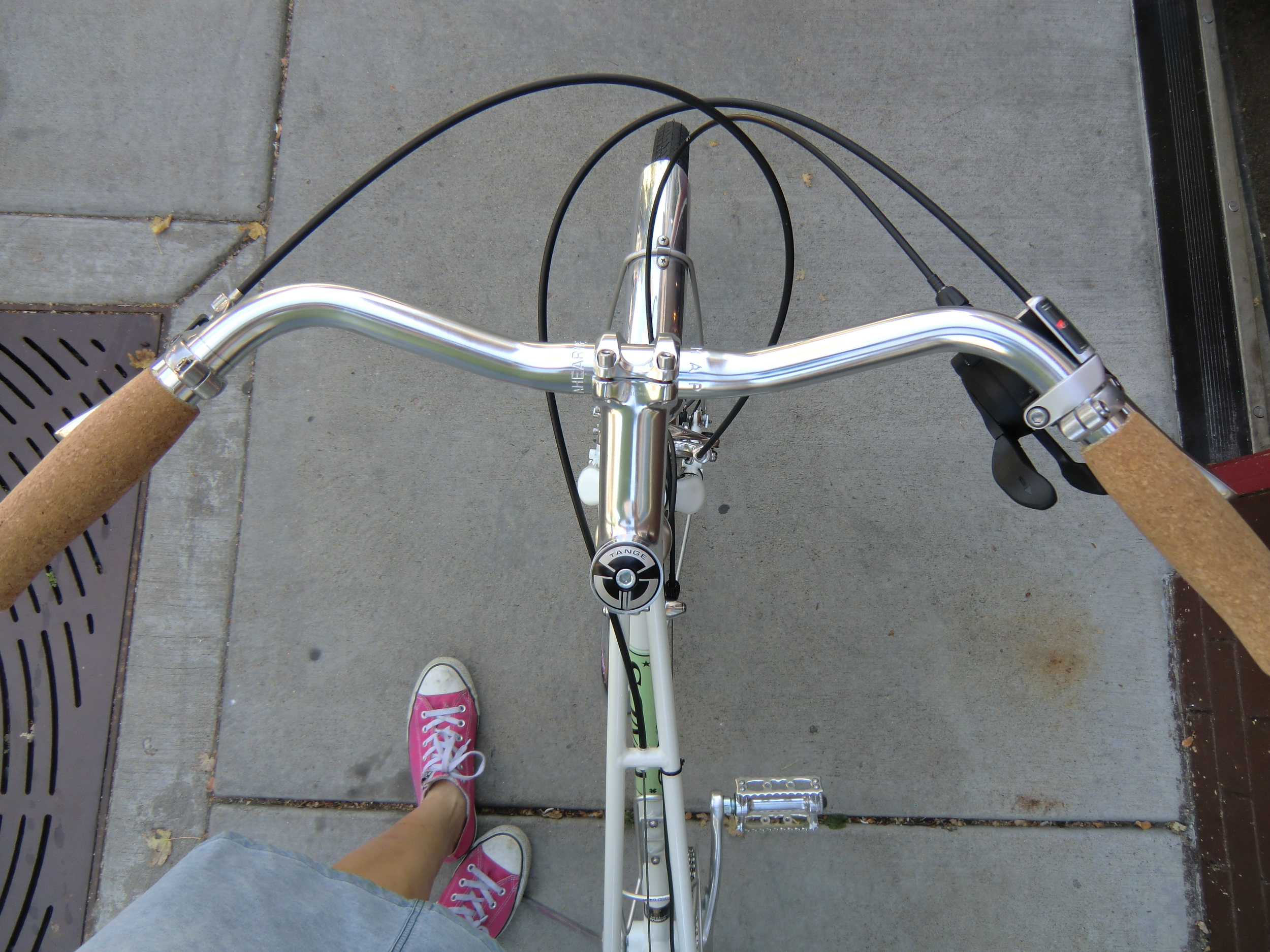 New Handlebar we like by Ahearn. Sporty and Upright.