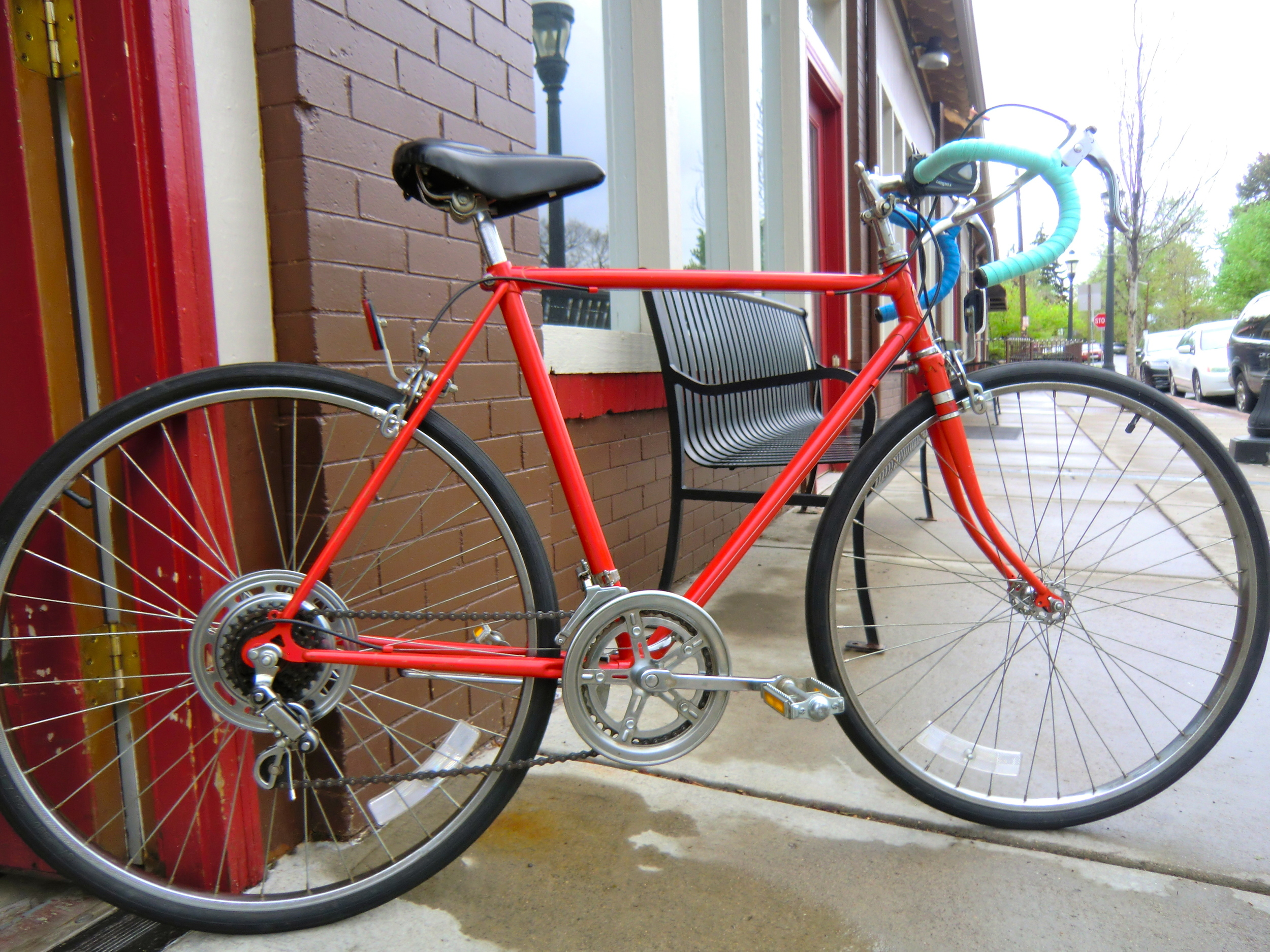 classic steel frame 10-speed ready for another year of city commuting.