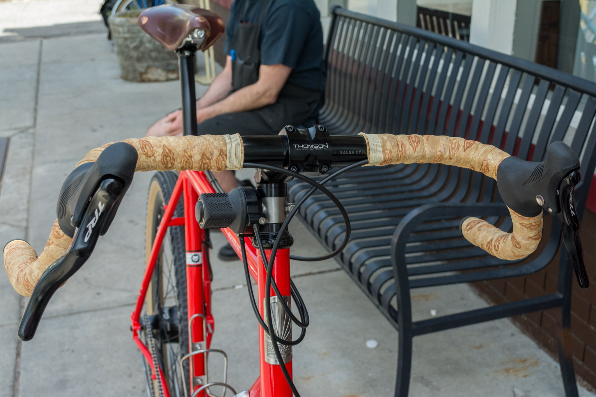 Rohloff shifter mounted on stem for easy access, Cinelli gel cork tape offers comfort on all trails