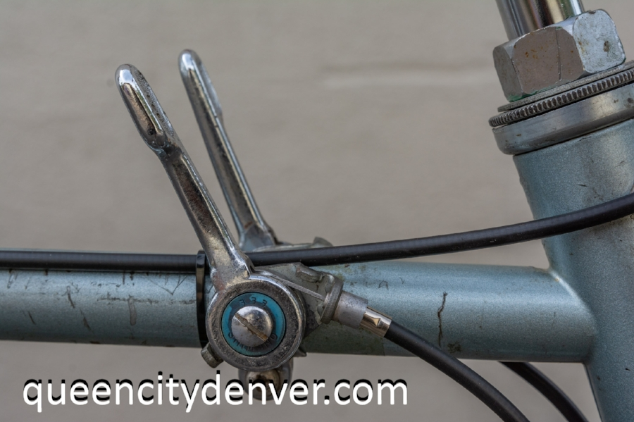 Andrew's favorite type of shifter, indexed top tube shifter by Shimano