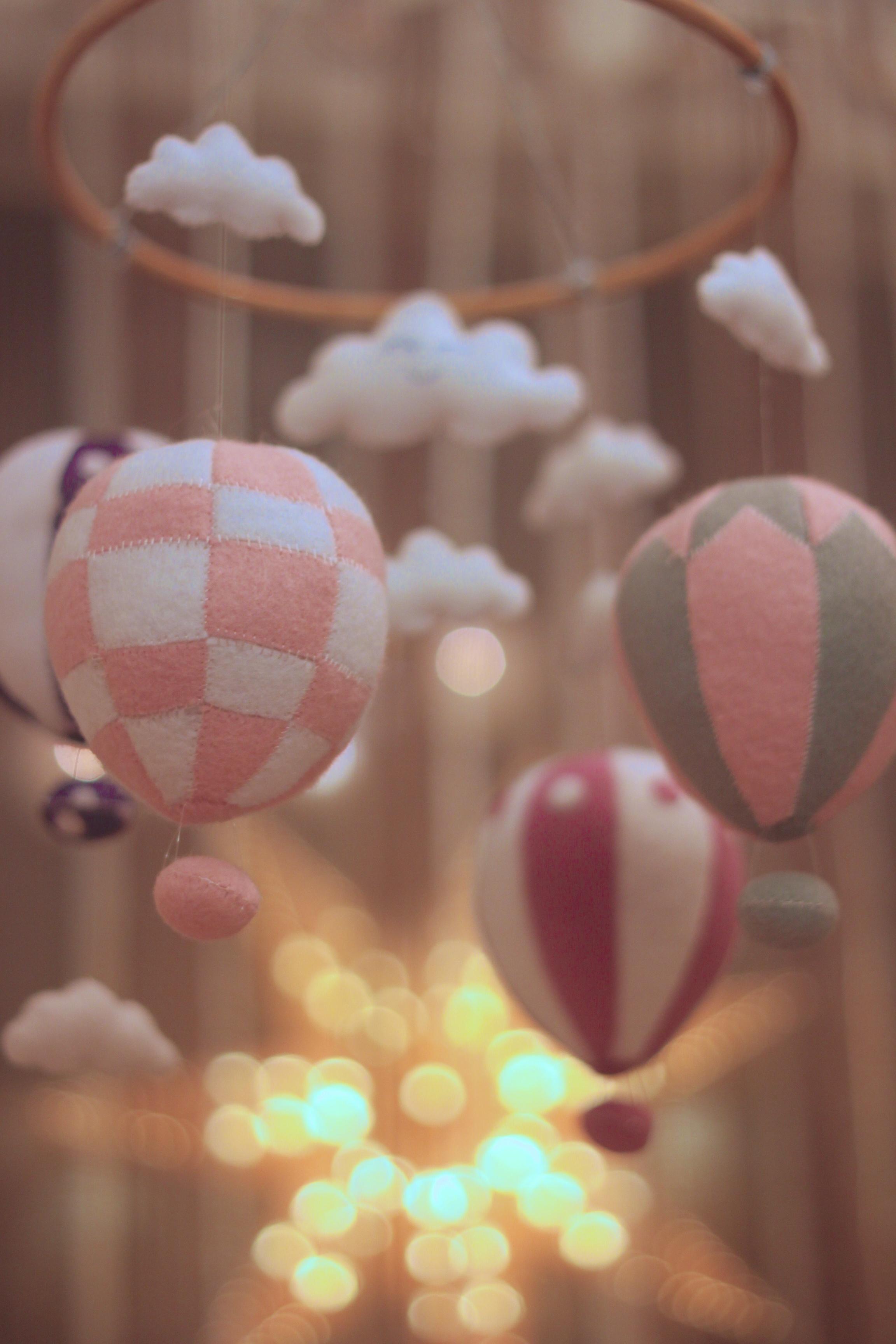 hot air balloon mobile (3).jpg
