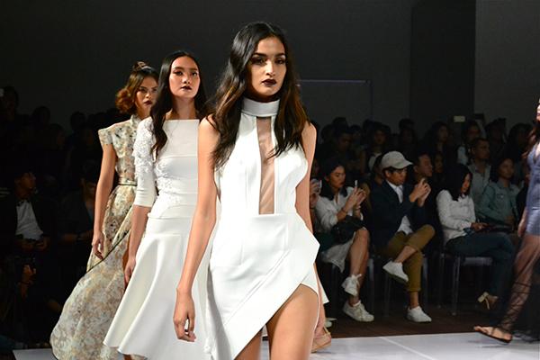 GlamAsia-31-October-2015-Tony-Evan-Manila-Fashion-Festival-2.jpg