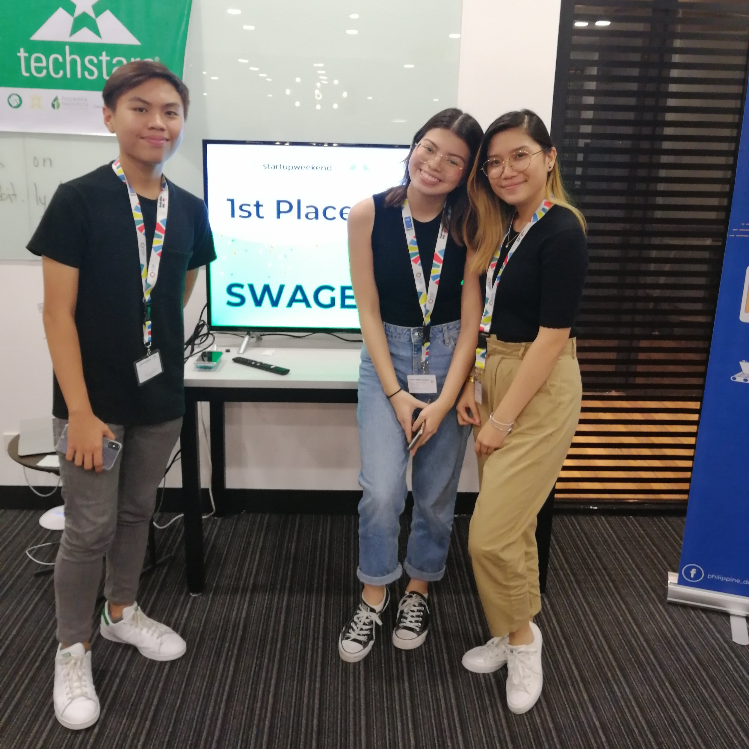 Two teams of Entrepreneurship students joined 2018 Start-Up Weekend Manila, a 54-hour start-up business competition participated by mostly professional corporate teams. Our team of senior high students—Reyjude Ramos, Sofia Manzano, and Julia Chong—came out on top with their mobile app SWAGE that aims to help people with dietary restrictions.