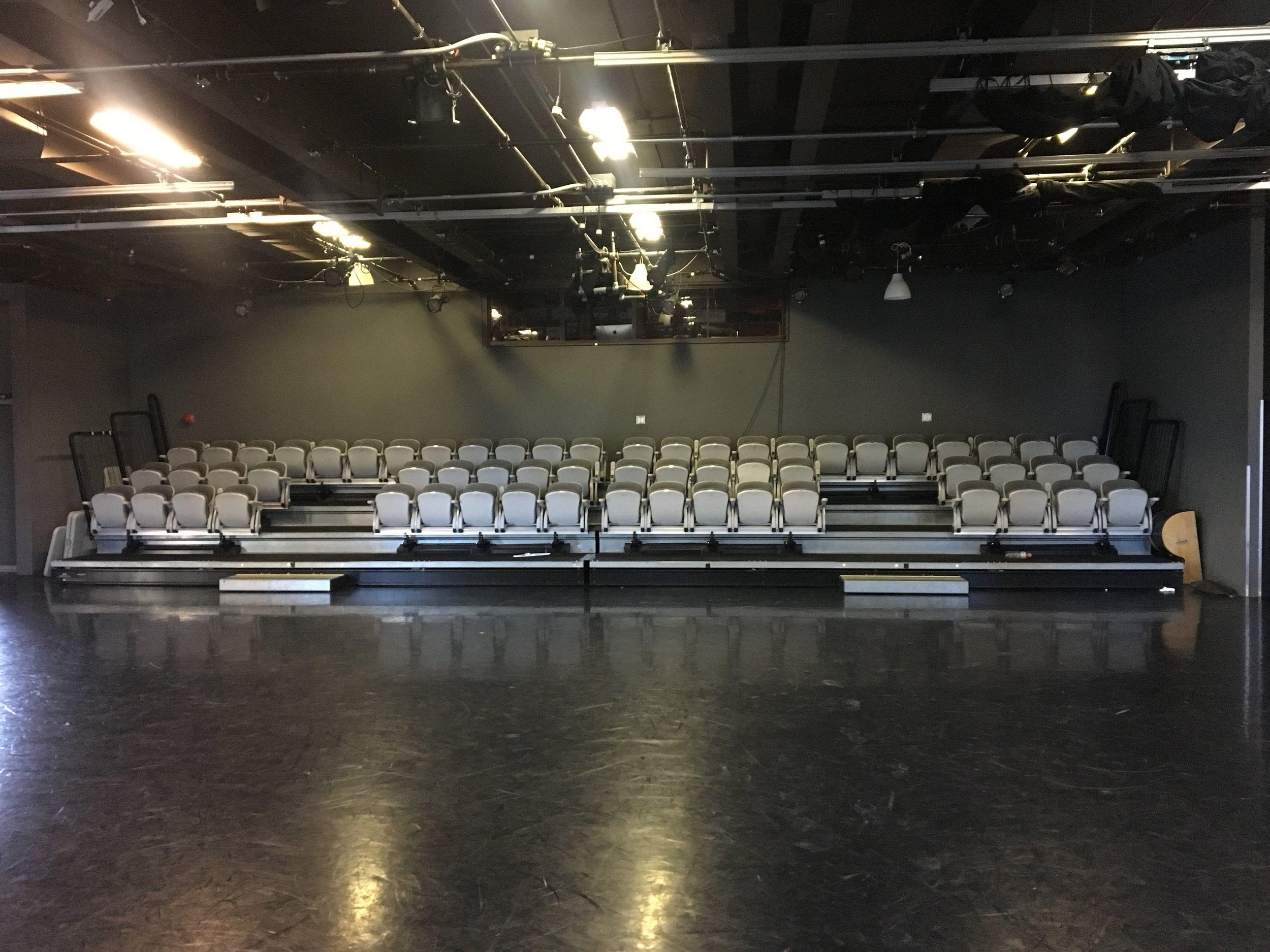 Theatre 10.jpg