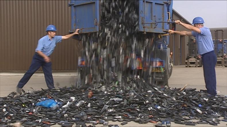 A lot of Refurbished Phones