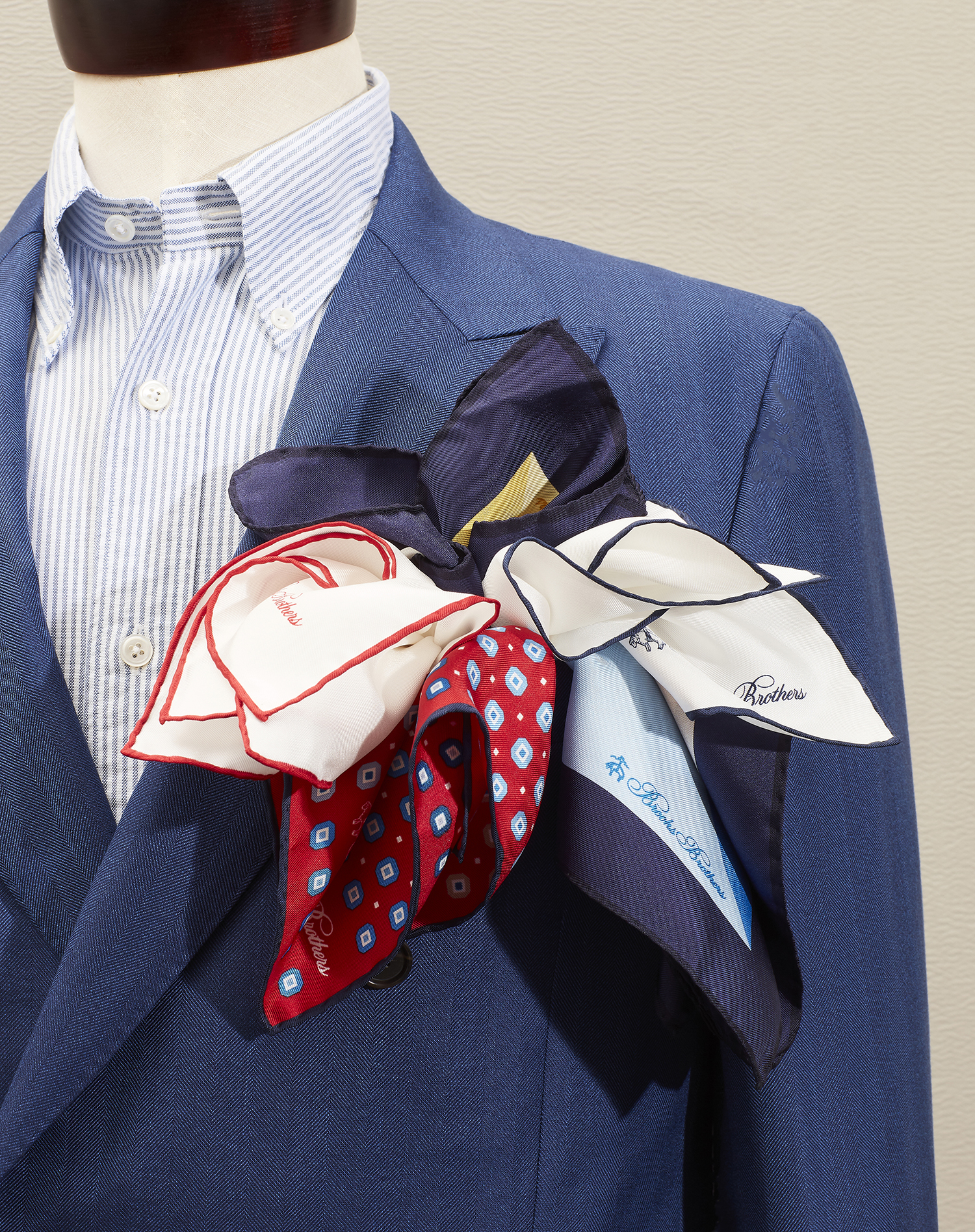 2018-10-09 SPRING CONTENT NEW SILK POCKET SQUARE 02-Resized.jpg